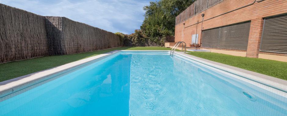 Swimming pool RENOLIT ALKORPLAN CERAMICS